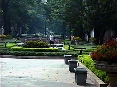 China-2001-077