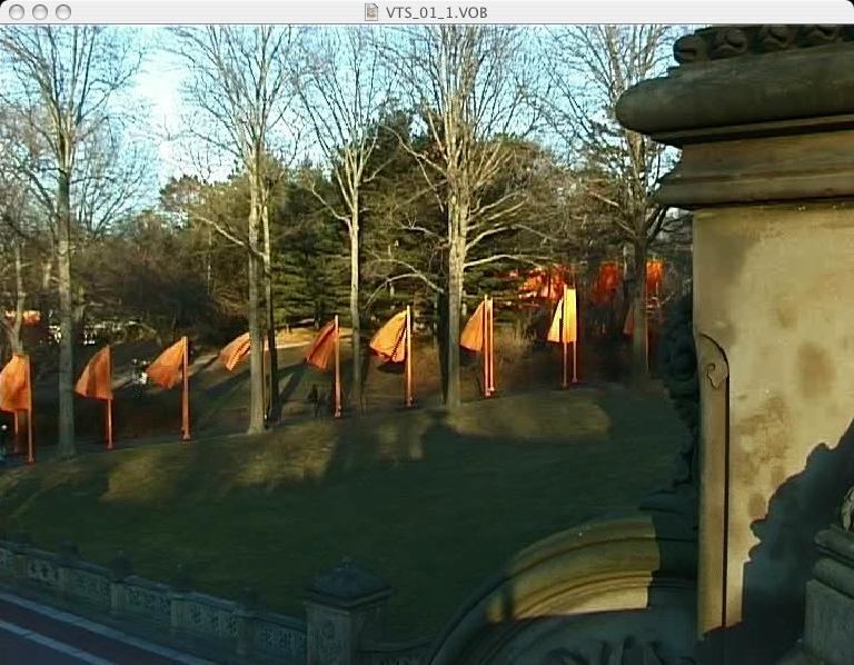 Christo-the-gates-050