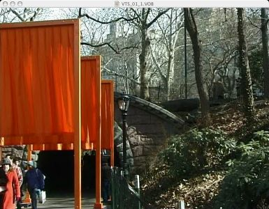 Christo-the-gates-075