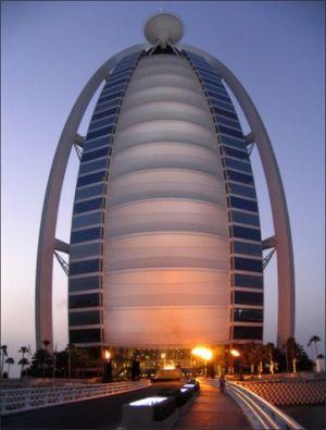 Dubai048